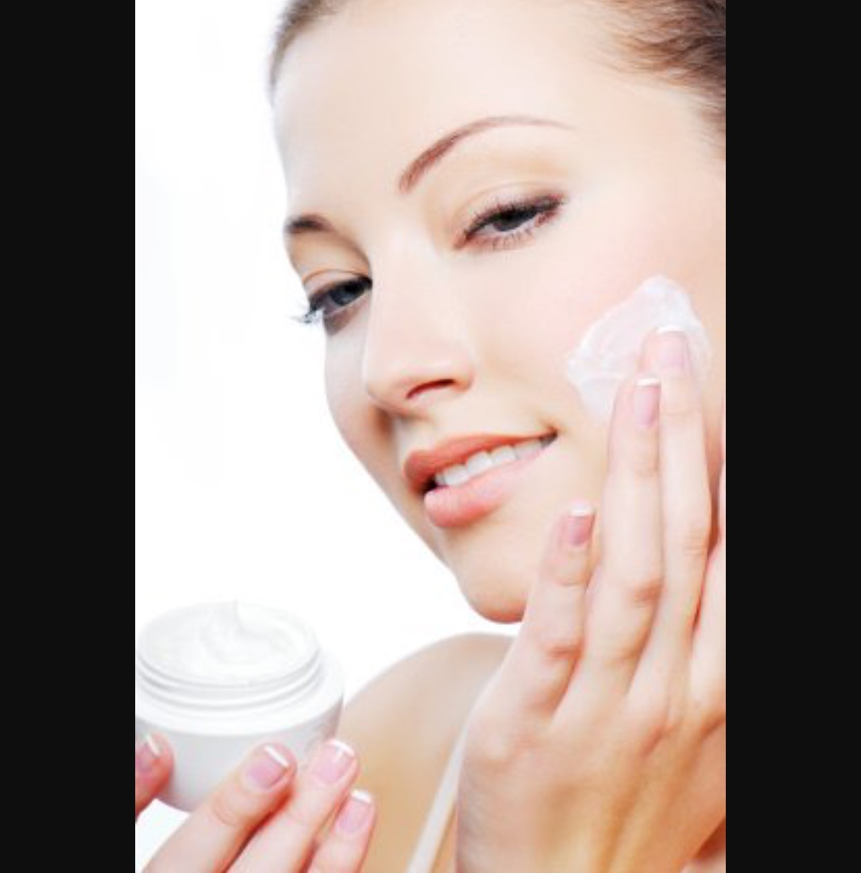 Dr. Usha Rajagopal recommends using skin moisturizers daily - image3-4